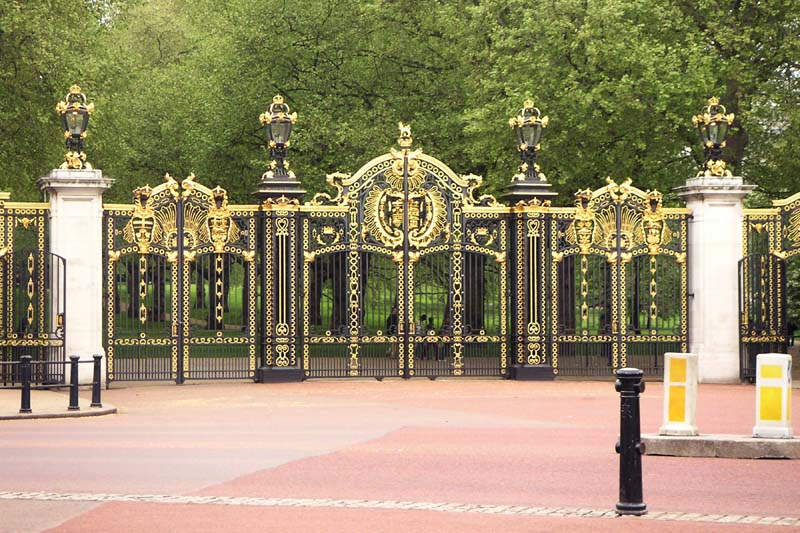 Gates to Green Park, London. Image available from Simon Westwood of Fly-by-Light Photography.