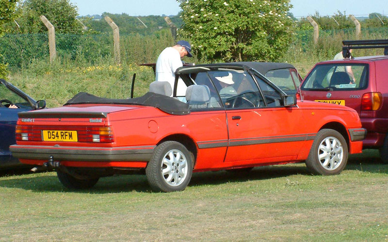 Vauxhall Cavalier Convertible. Image available from Simon Westwood of Fly-by-Light Photography.